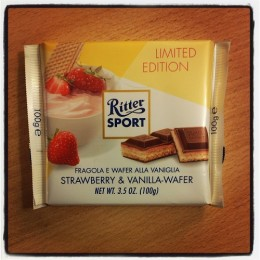 Ritter Sport Strawberry & Vanilla-wafer